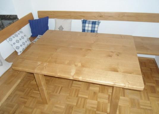 Tische_und_Baenke_2
